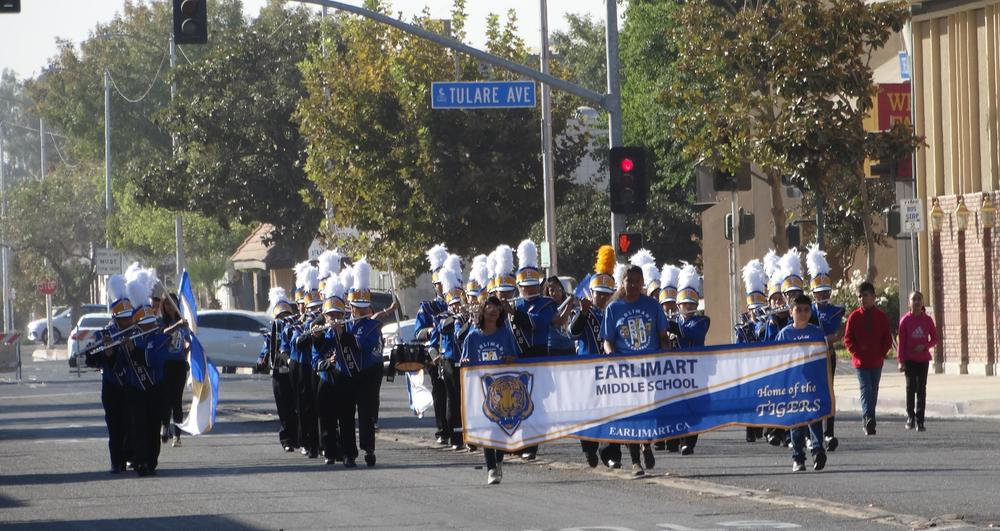 EMS Tiger Band & Colorguard in Tulare Band Review